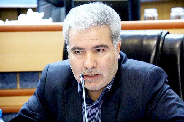 دستفروشان میدان نماز تبریز به مکان های تعیین شده منتقل می شوند