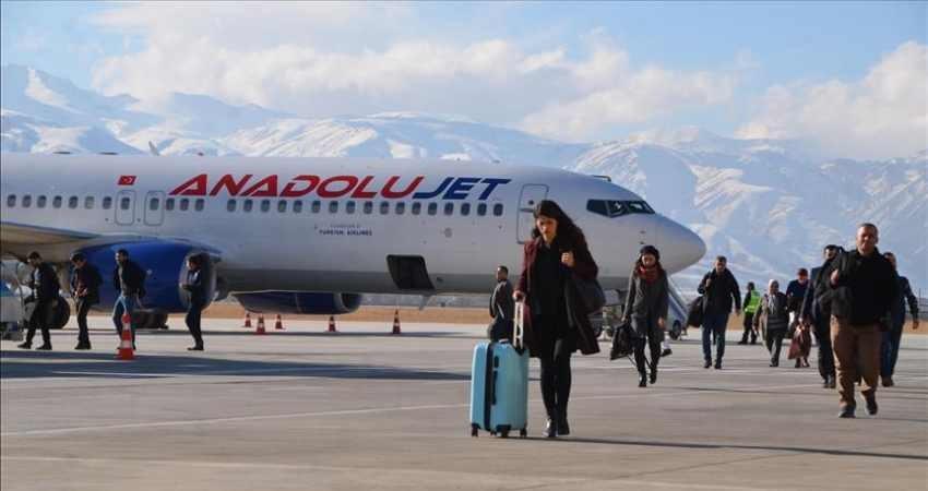 مسافران پروازهای خارجی 5 ساعت قبل در فرودگاه حضور یابند