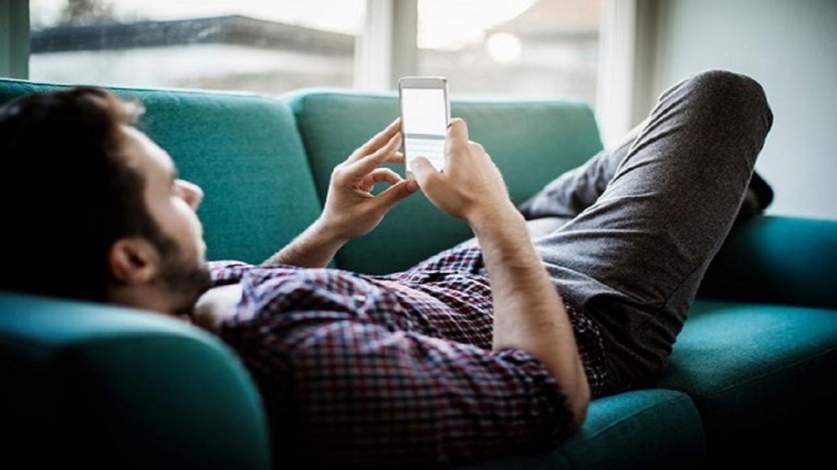 رابطه گوشی های هوشمند و تشدید سردرد