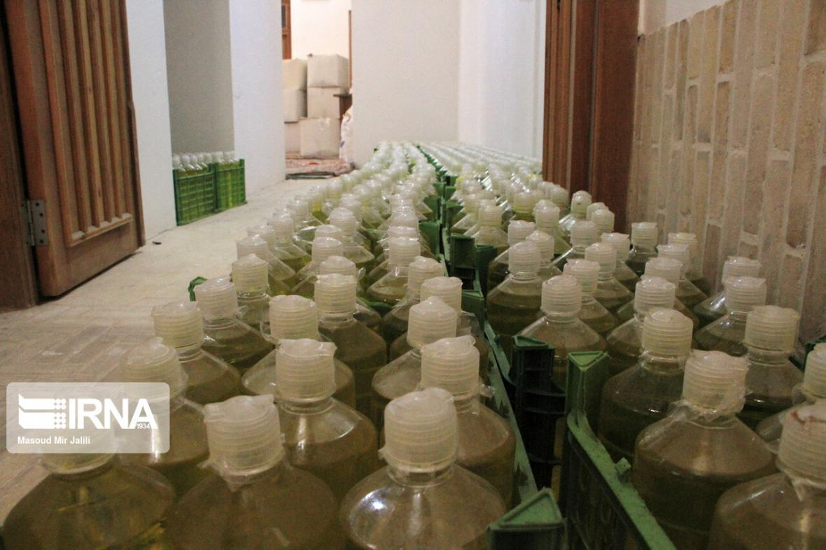 خبرنگاران شروع توزیع بسته های بهداشتی بین بیماران خاص ایلام